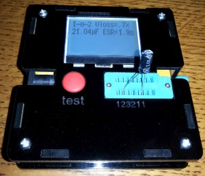 ATMega328P component checker measuring an electrolytic capacitor